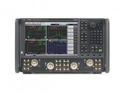 N5247B PNA-X 微波网络分析仪